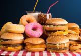 Гастроэнтеролог назвал продукты, которые разрушают кишечник