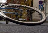 В Вологде студент на Toyota Land Cruiser сбил велосипедиста. После ДТП мужчина страдает психическим расстройством