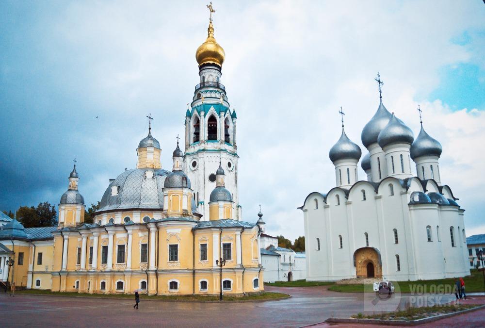 Фото Кремлевская площадь, г. Вологда. Фотограф Антон Ромашко