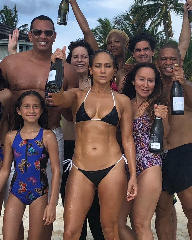 Бикини пляжные вечеринки